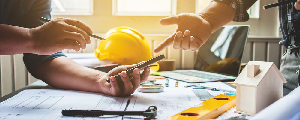 Contractor Giving Home Renovation Tips