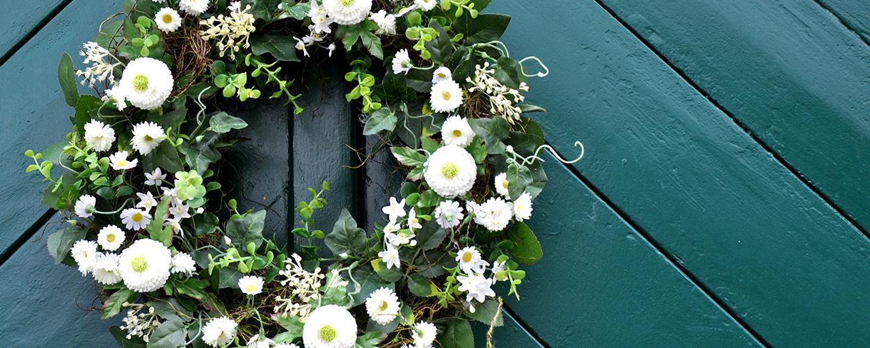 Wreath as spring home decor idea